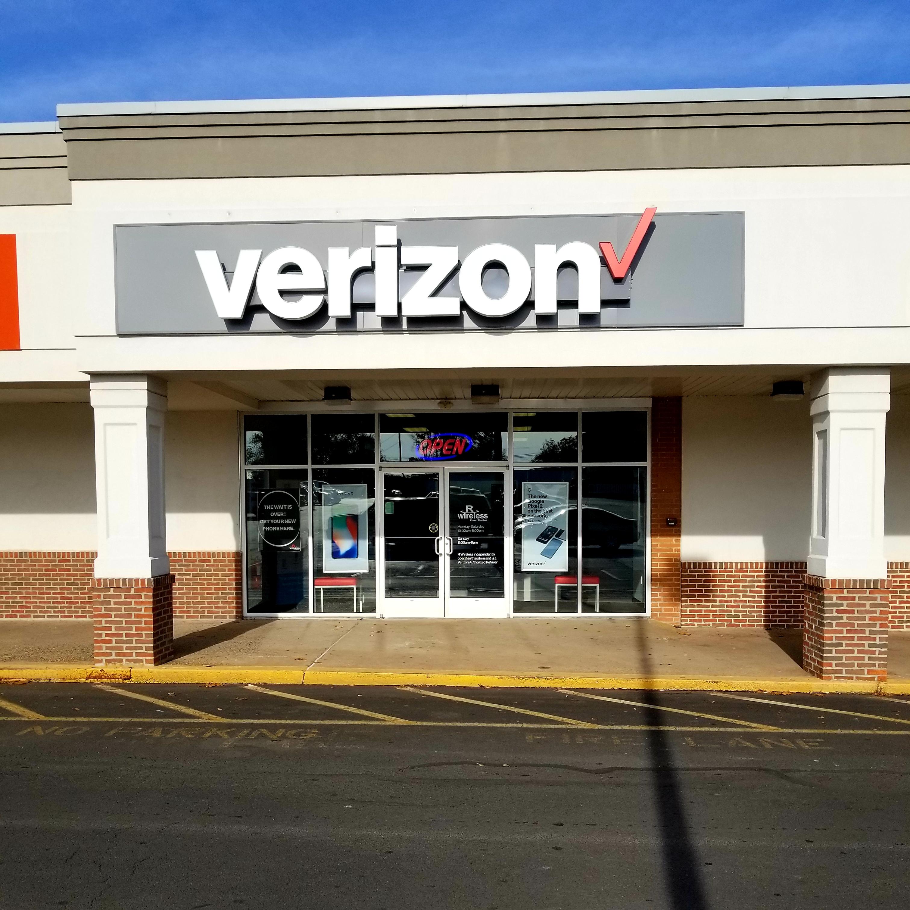 Verizon Authorized Retailer – Boyertown store image