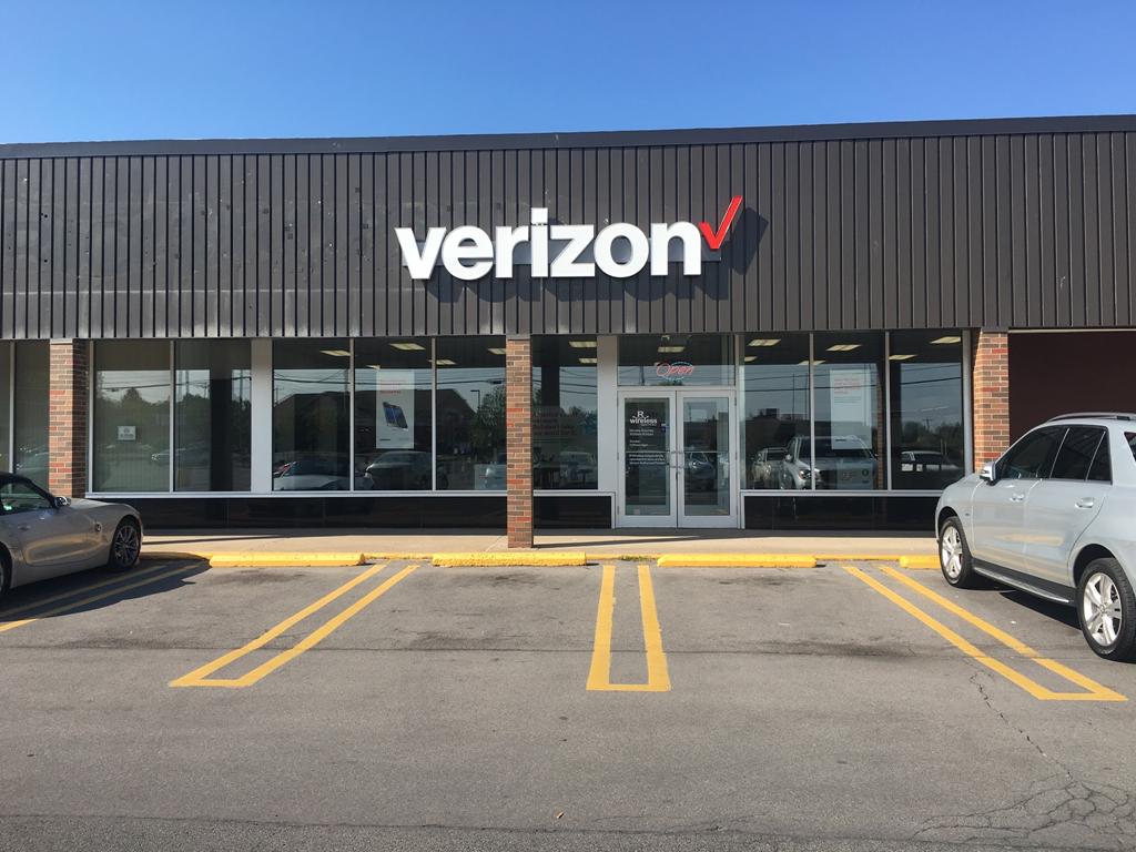 Verizon Authorized Retailer – North Syracuse Store Image