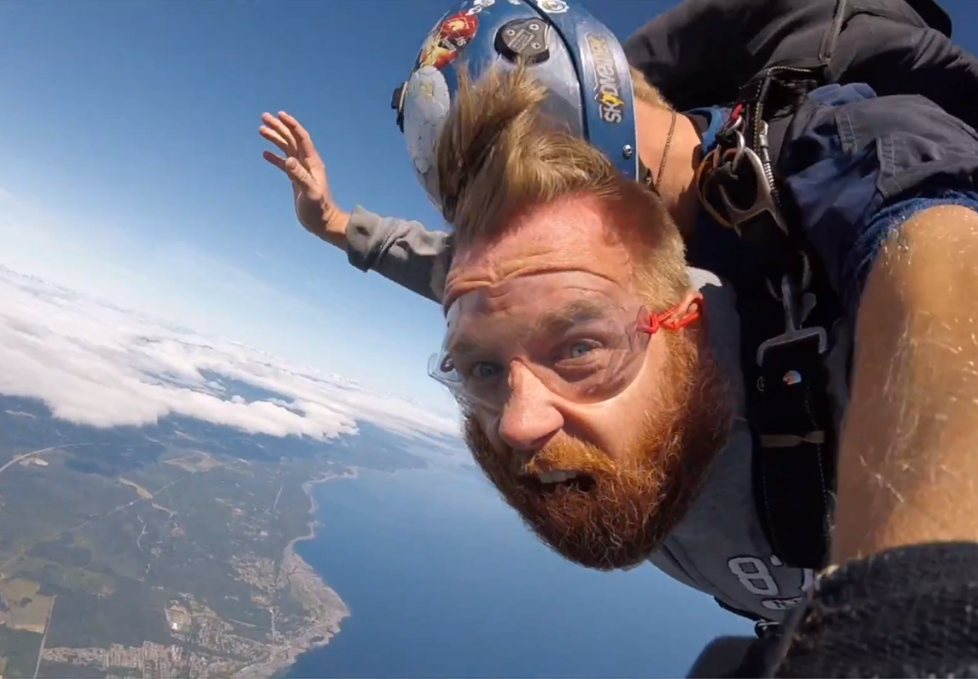 Tom Harris Skydiving