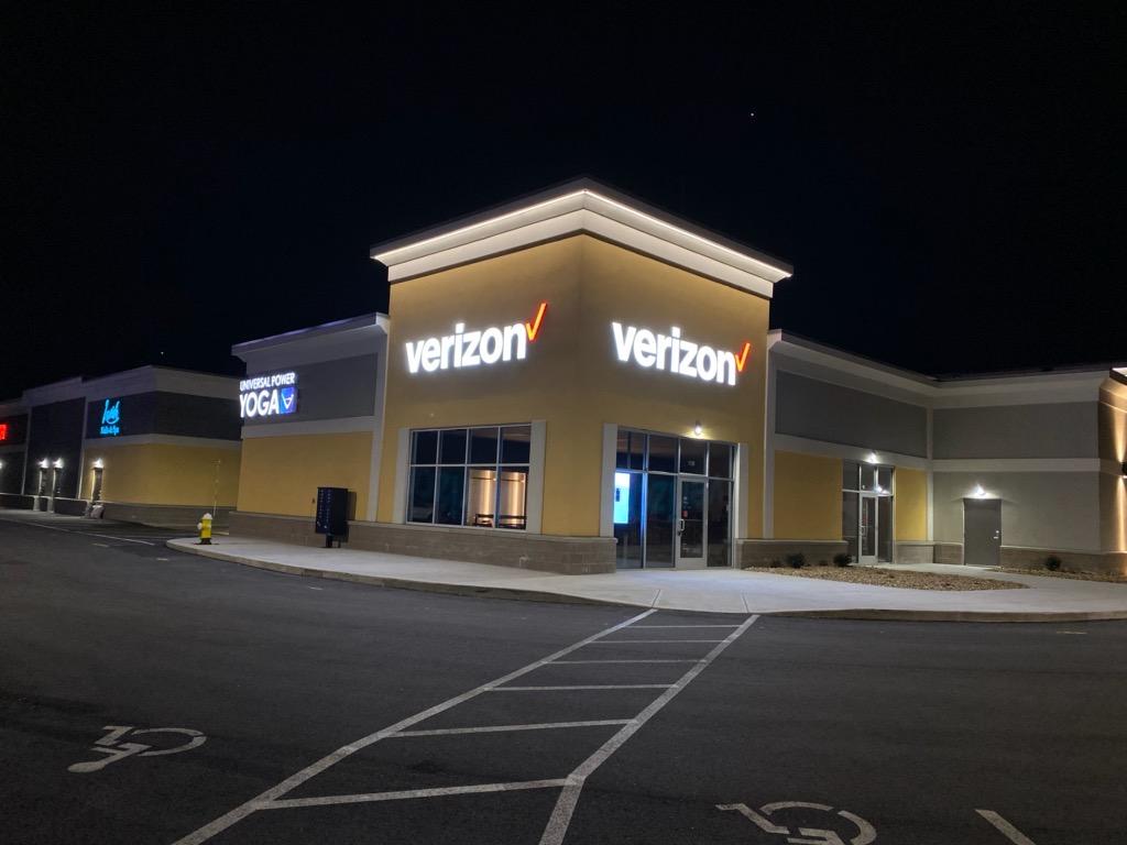 Verizon Authorized Retailer – Wrentham Store Image