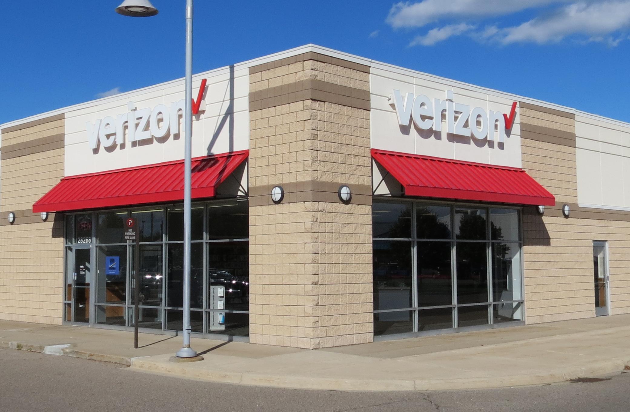 Warren Store Image